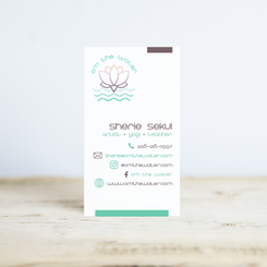 mockup-of-a-vertical-business-card-stand