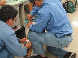 負傷者救護補助訓練1
