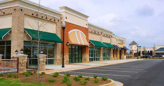 Strip-Center Shopping Plaza