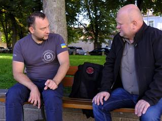 """Mūšio laukas. Susitikimas su """"InformNapalm"""" atstovu spaudai Mykhailo Makaruk"""