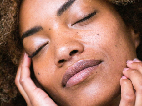 Lifestyle Factors That Influence How Your Skin Ages