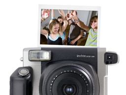 fujifilm-instax-wide-300.jpg