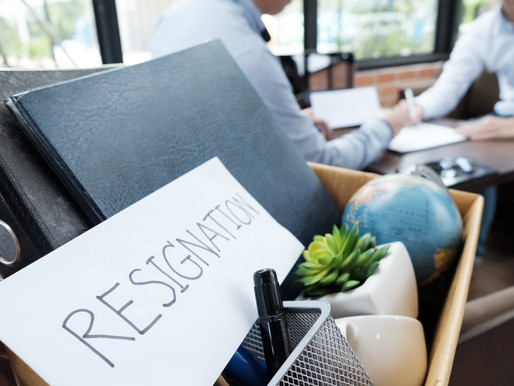 Can You Resign a Job Without Two Weeks' Notice?