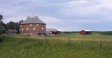 Iowa Barn pic.jpg