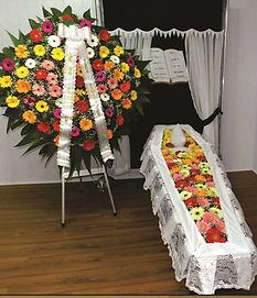 Conjunto de coroa de flores e gérberas 