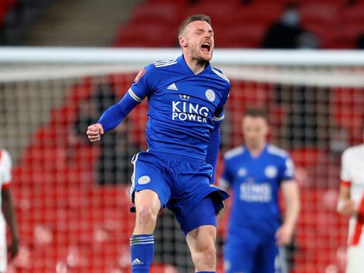 Tuhelam pirmā uzvara pār Gvardiolu, Leicester City pirmo reizi finālā kopš 1969.gada
