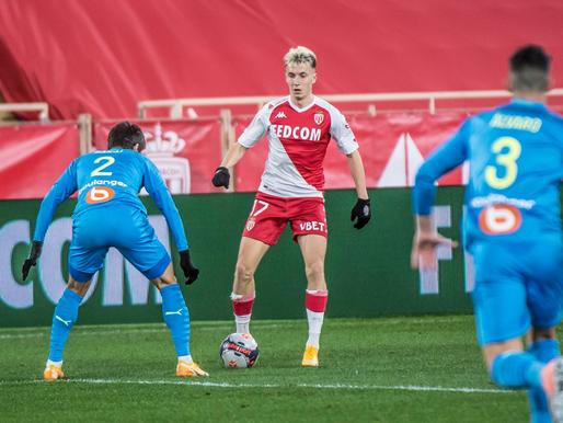 PSG un Lille turpina soļot roku rokā, Villašs-Boašs riskē palikt bez darba