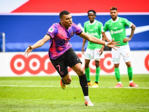 Francijā četras komandas cīnās par titulu