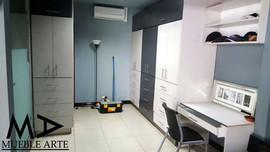 Closet-123.jpg
