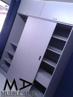Closet-147