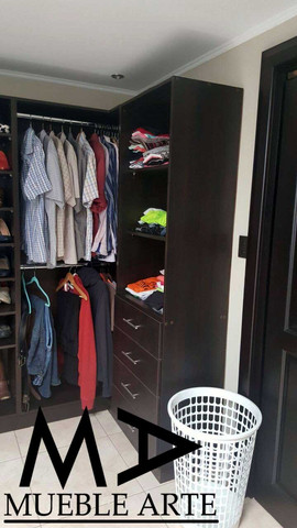 Closet-136.jpg