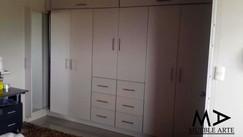 Closet-111.jpg