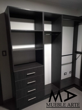 Closet-105.jpg
