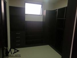 Closet-95.jpg