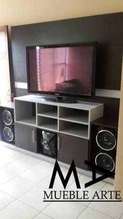 TV-3.jpg