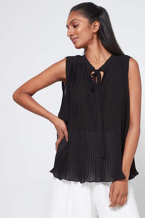 Black Pleated Sleeveless Top