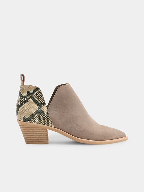 Sonni in taupe snake