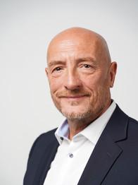 Dieter Gustav T