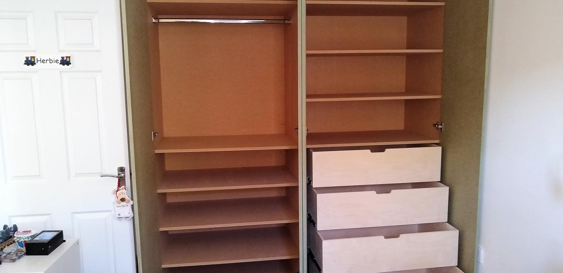 Bespoke bedroom wardrobe