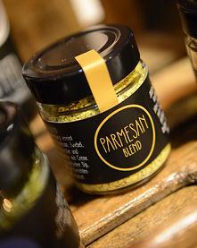 Fürstliche Spezialitäten: Parmesan Blend, Tzatziki, Indian Curry, Svenska Dill, Pesto Rosso, Pesto Verde, Sicilian Blend