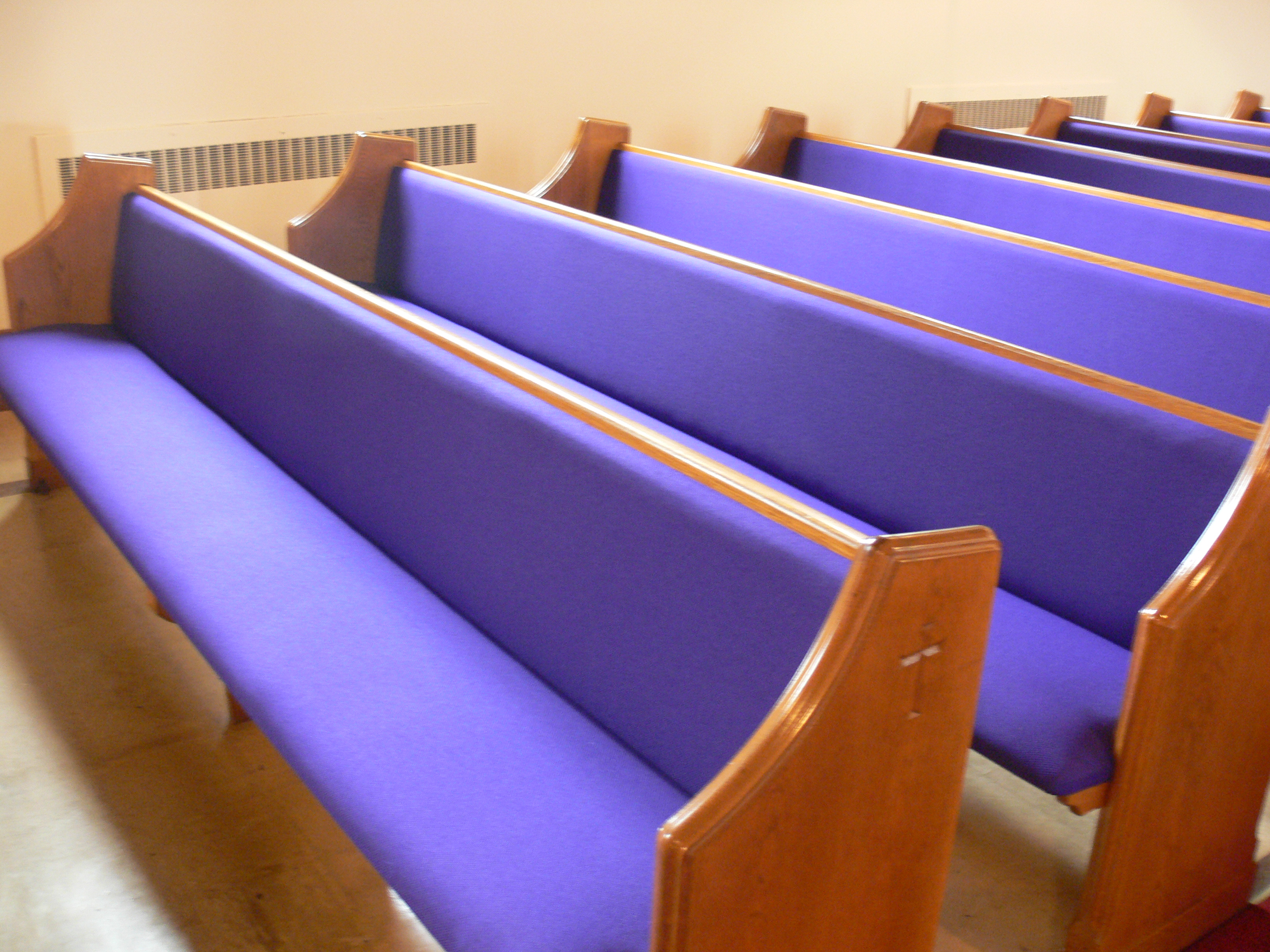 Old Church Pew Cushions Keep Them Or Dump Them