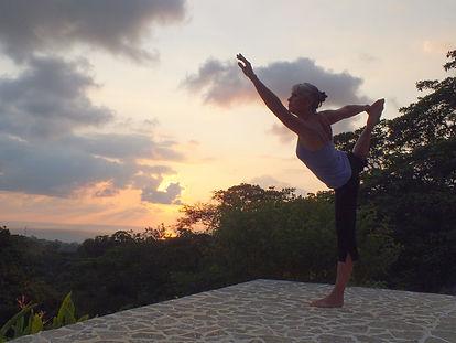 infiniteLove Yoga 17.jpg