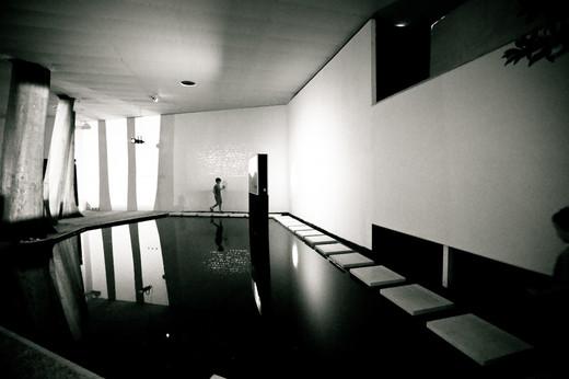 venice-bienalle-water-feature-walk.jpg