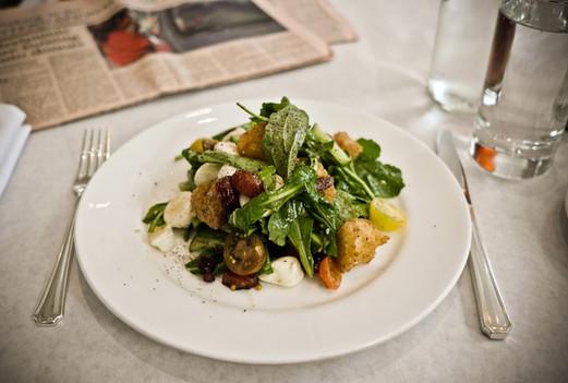 salad-and-ft-at-bottega-louie.jpg