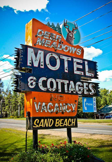 sign meadow motel.jpg