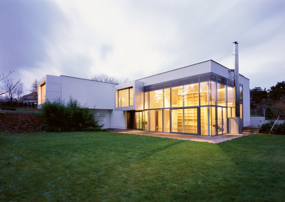 Haus Himmer - Art Collector House