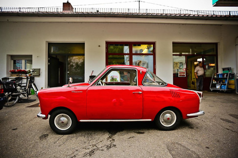 places red car germany.jpg