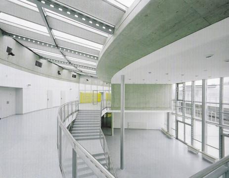 Hautschule Vienna Essling