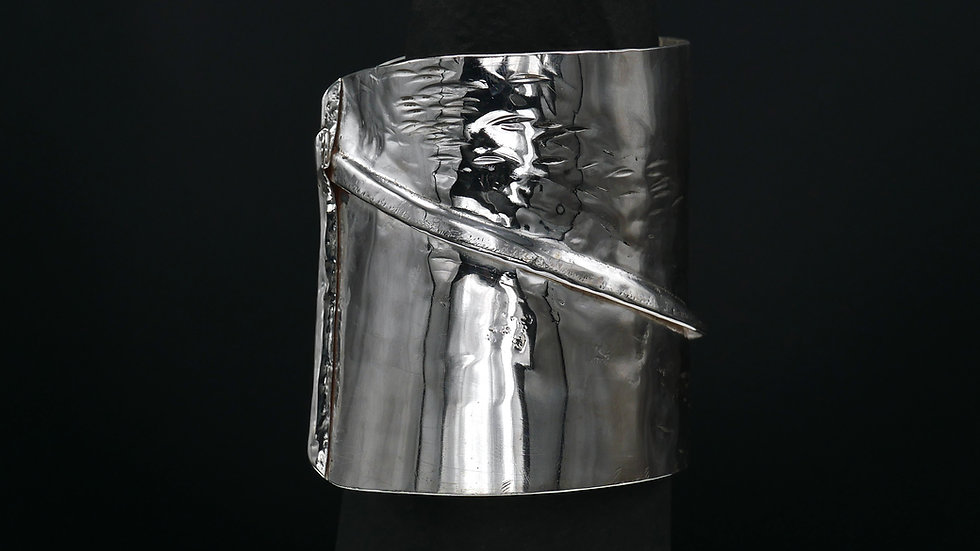 Under Your Skin n.3 (Silver Cuff)