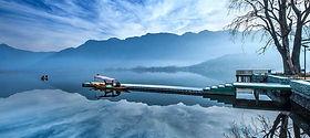 Kashmir dal lake.jpg