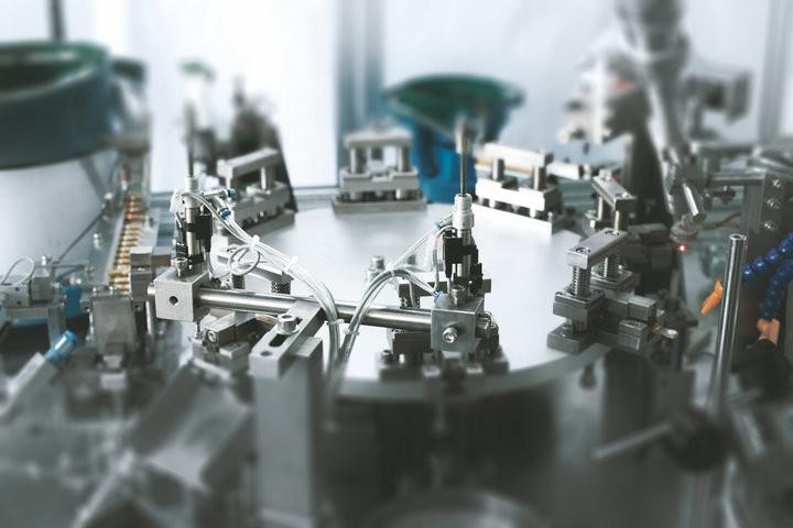 Po-Tech 8工位高頻釺焊接設備整體.jpg