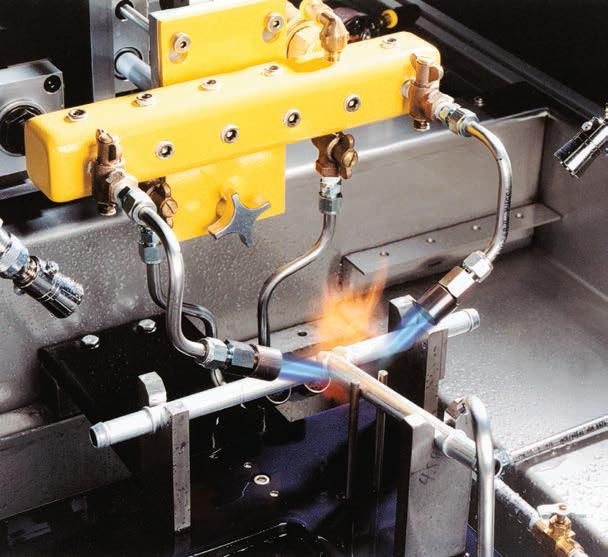 業煒興興股份有限公司 Chemitron Materials 焊膏 自動化焊接設備 火焊機台燒製過程.png