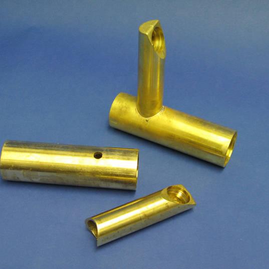 青銅製水龍頭焊接.jpg