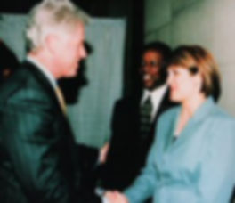bill_clinton_230x199.jpg