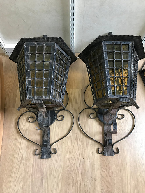 Large outdoor Lamps