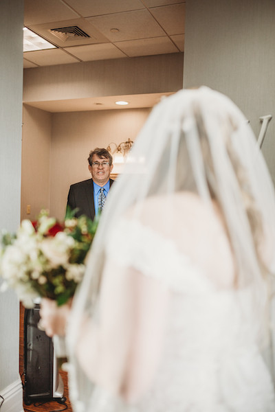 fathers first look at his daughter about to get married