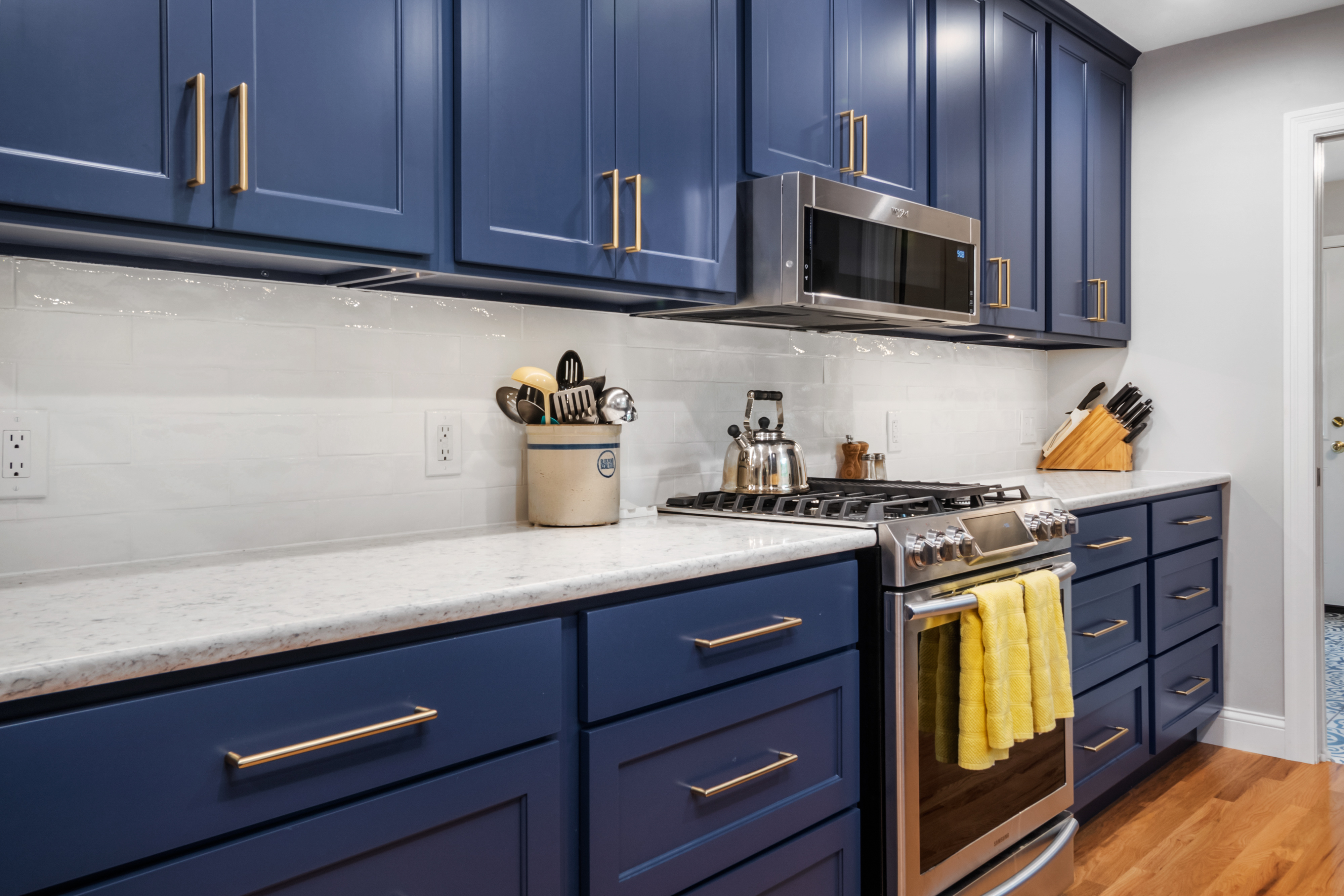 Blue Gallery Kitchen 3   STL Reno
