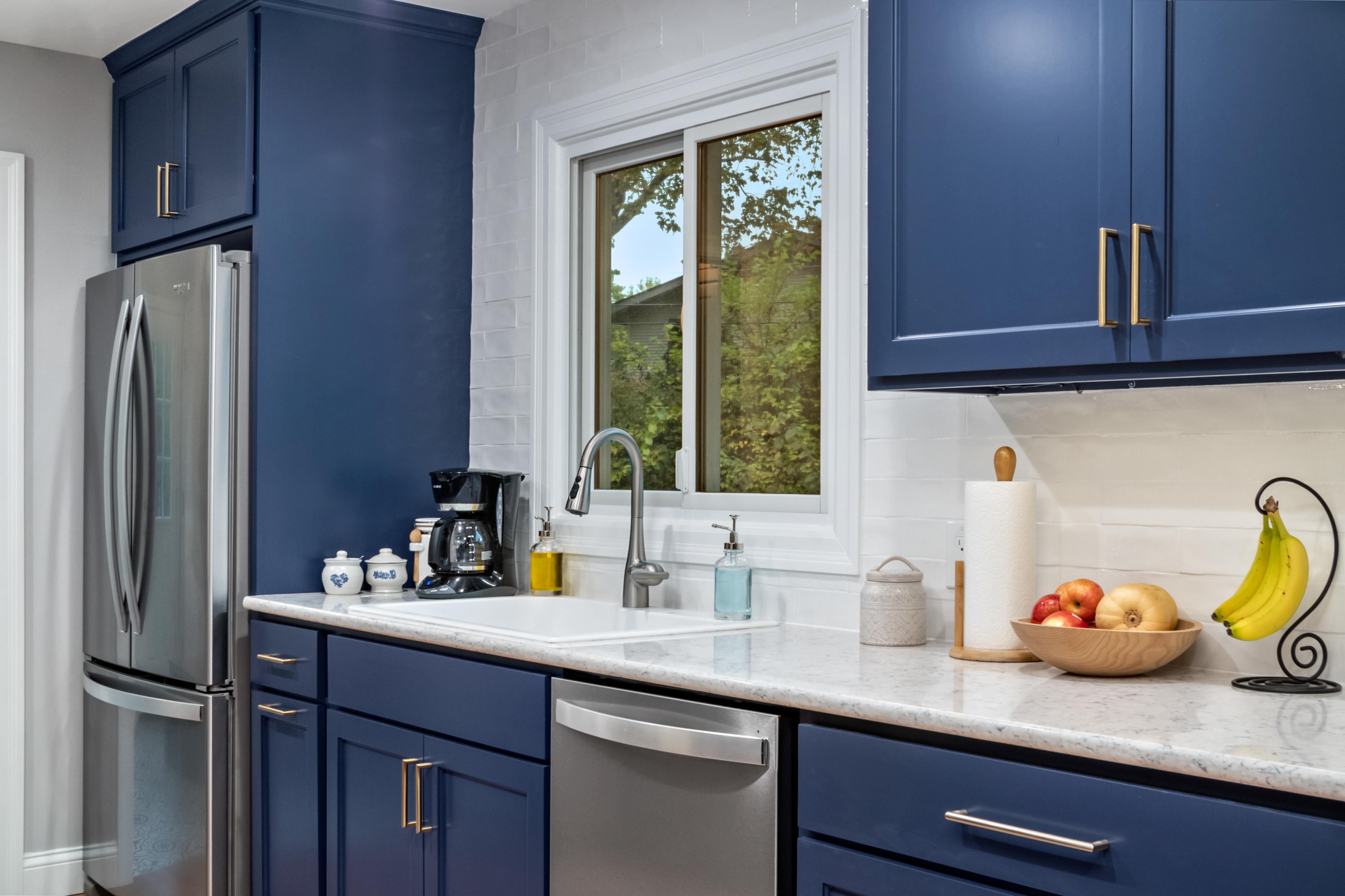 Blue Gallery Kitchen 4   STL Reno