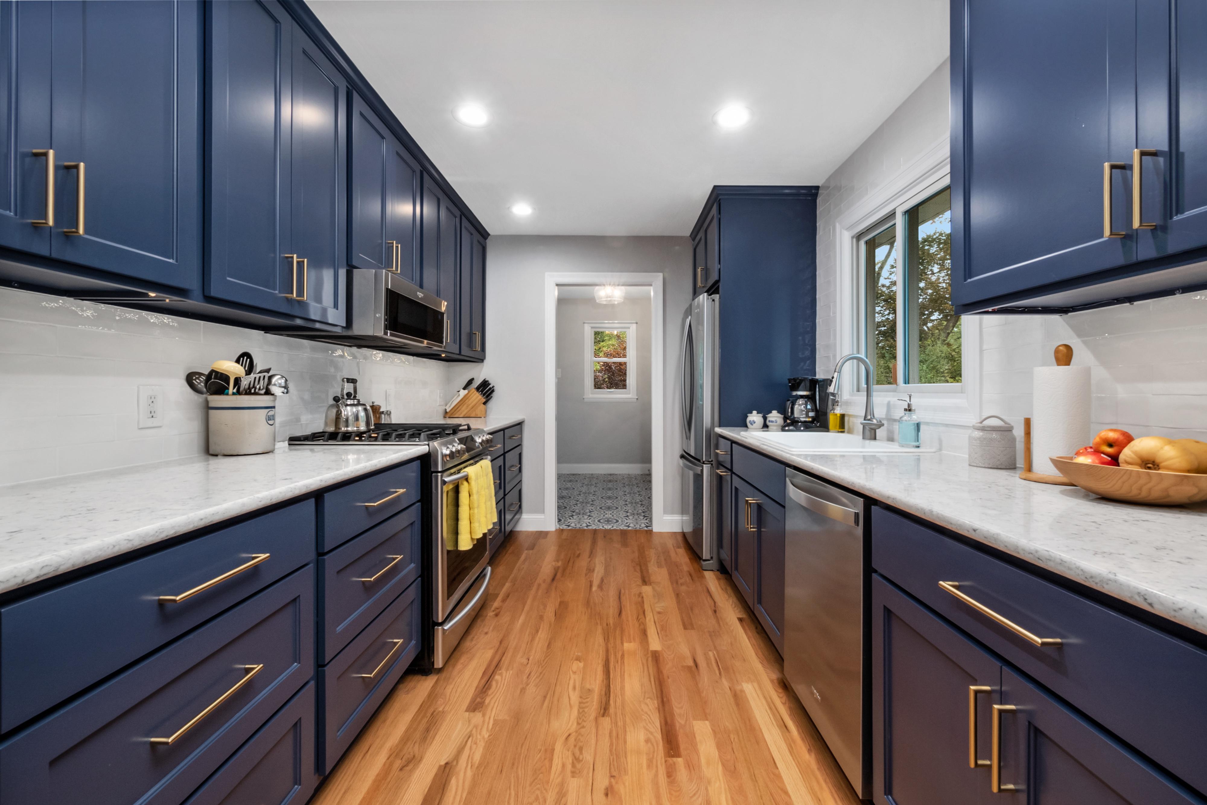 Blue Gallery Kitchen   STL Reno