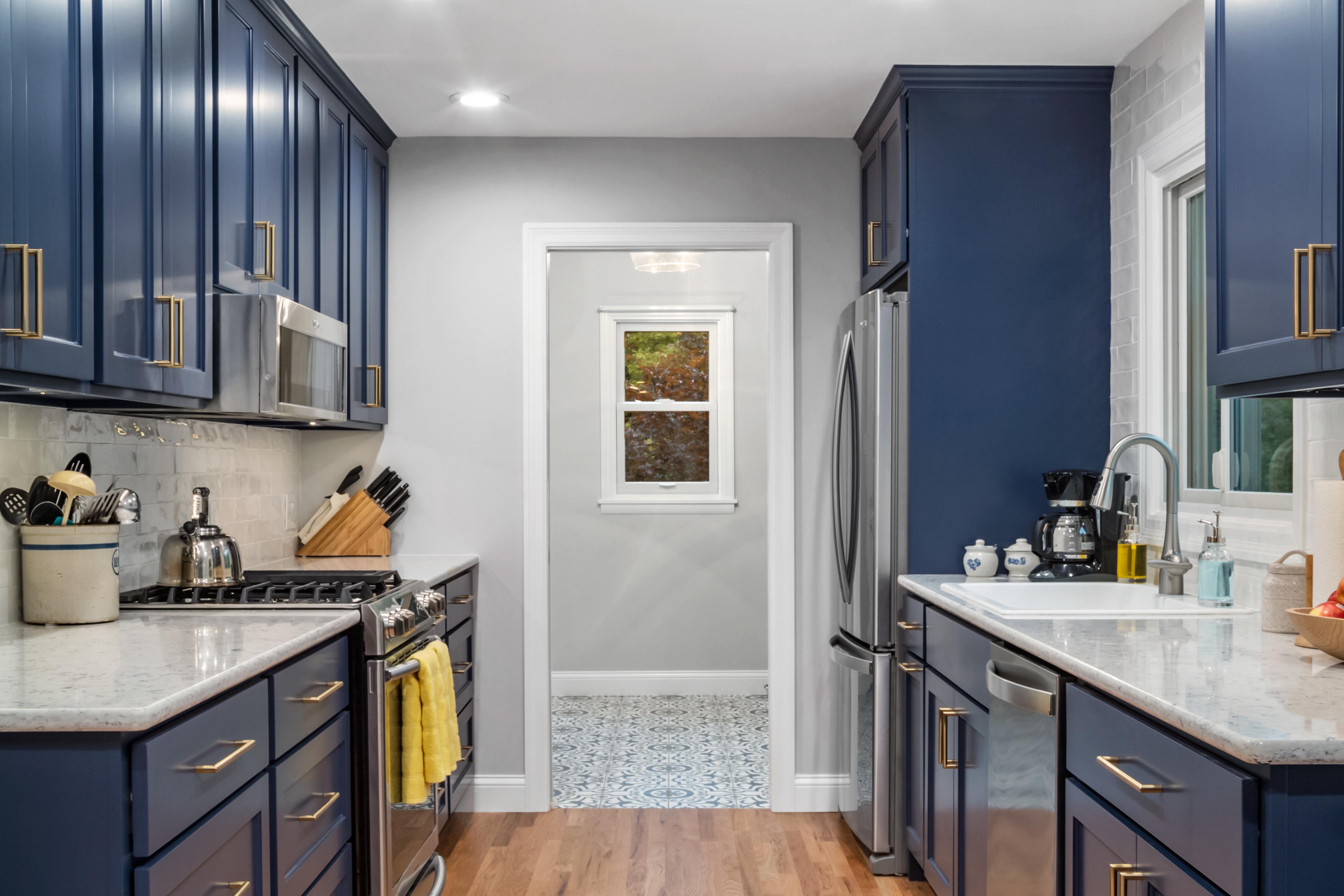 Blue Gallery Kitchen 2   STL Reno