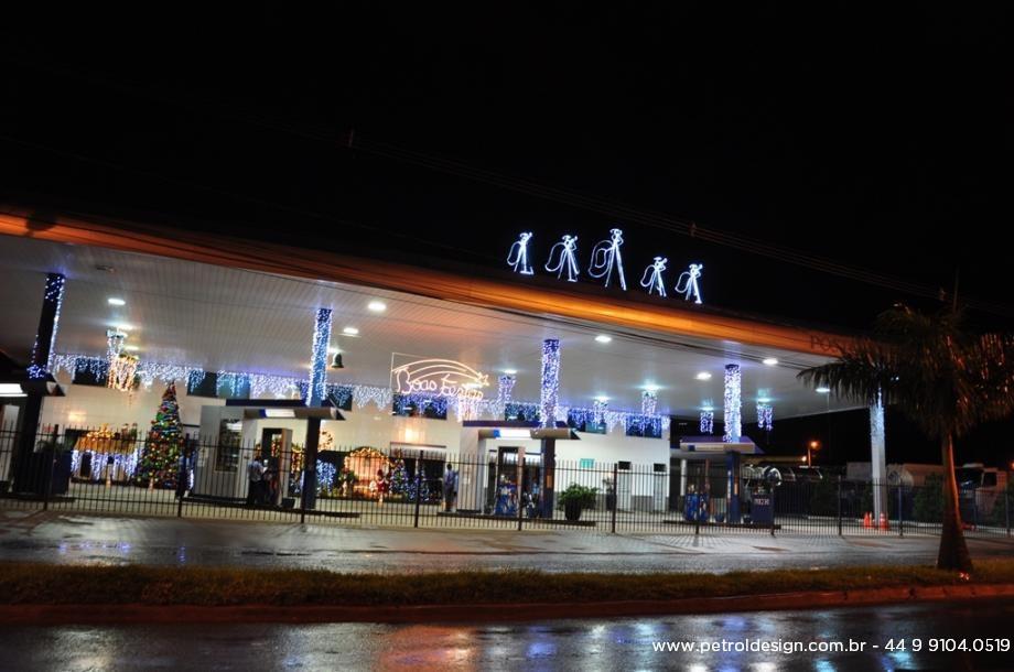 Posto de Gasolina Decoração Natalina