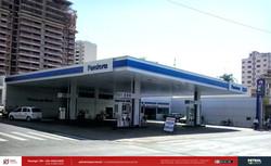 Fachada conveniência posto gasolina