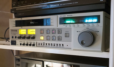 S-VHS Video Recorder