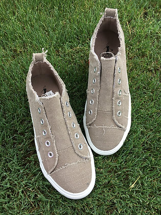 Corkys Sneakers in Taupe