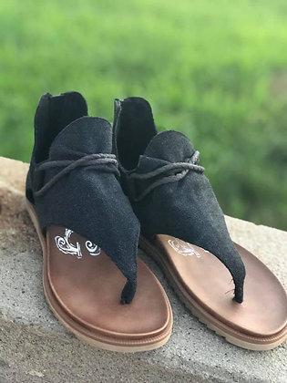 Very G Black Sandal