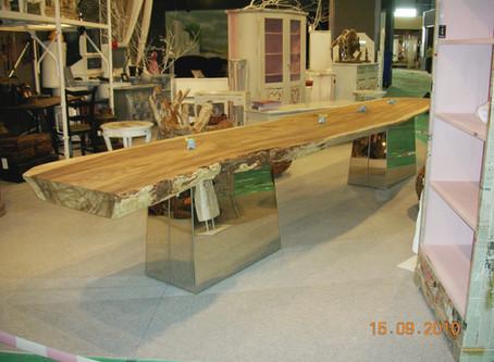 Tavoli in legno massiccio